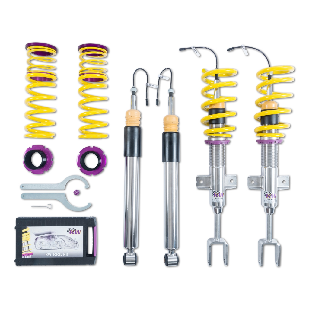 The adaptive KW DDC plug & coilover suspension also enables a stepless lowering.